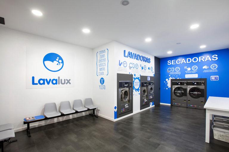intérieur design de la laverie lavalux à pontavedra