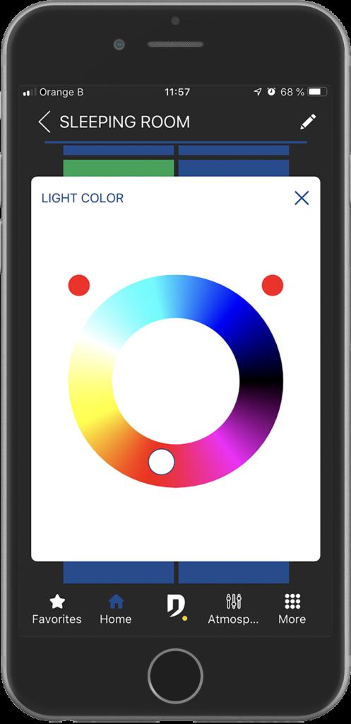 smartphone avec écran de sélection de couleur de l'application Domintell Pilot