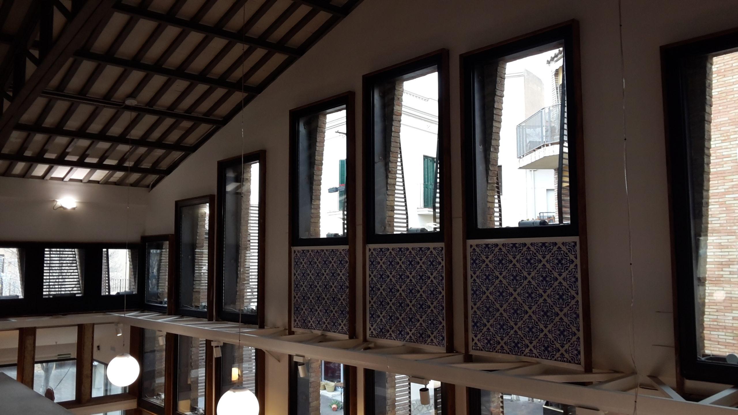 Inside view lighting and windows
